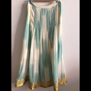Anthropologie Beautiful Bohemian long skirt size:8